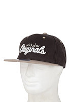 ADIDAS Flatbrim Cap black/earth khaki s133/collegiate silver/running white