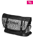 EASTPAK Chaser Bag scribble check