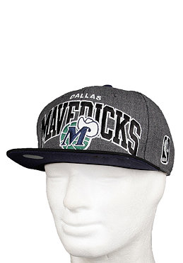 MITCHELL NESS Dallas Mavericks Logo G2 Snapback Cap grey/black