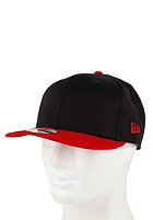 NEW ERA 2 Tone Snapback Cap black/scarlet 