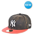 NEW ERA Bleach Over New York Yankees Fitted Cap black/new red
