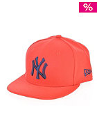 NEW ERA Kids Seasonal Contrast New York Yankees Fitted Cap red/red