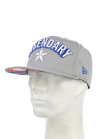 NEW ERA Legendary Captain America Snapback Cap grey