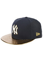NEW ERA Metallic Slither New York Yankees Team Fitted Cap team color