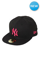 MLB New York Yankees Basic Seasonal Cap black/rose