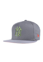 NEW ERA Pop Outline New York Yankees storm gray/upright yellow