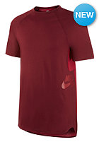 NIKE SB Skyline Dri-Fit Cool team red/gym red/gym red