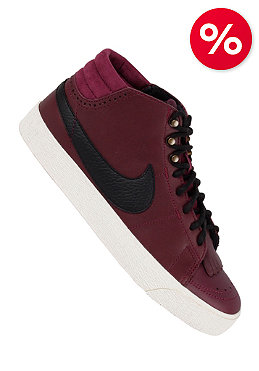 NIKE SB Womens Blazer Mid LR bordeaux/black-sail