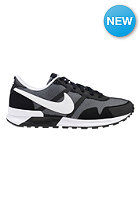 NIKE SPORTSWEAR Air Pegasus 83/30 black/white
