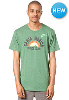 NIKE SPORTSWEAR RU Santa Monica Track Club S/S T-Shirt lt pine grn htr