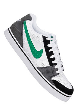 NIKE SPORTSWEAR Ruckus Low white/court green/anthracite