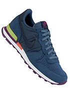 NIKE SPORTSWEAR Womens Internationalist nw slt/obsdn-vnm grn-brght grp