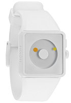 NIXON The Newton all white/ lum