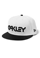 OAKLEY Factory New Era Cap vintage white