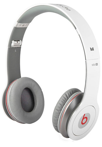 Solo HD beats by Dr. Dre Headphones white