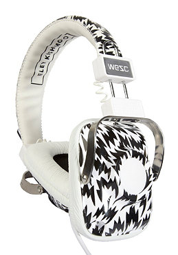 wesc-eley-kishimoto-marac-headphones-white-168567_set.jpg?$m$&defaultImage=no_pic